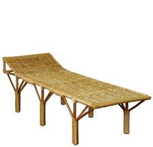 Плетеное кресло-шезлонг из лозы